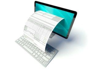 Desktop Computer Bildschirm mit E-Rechnung