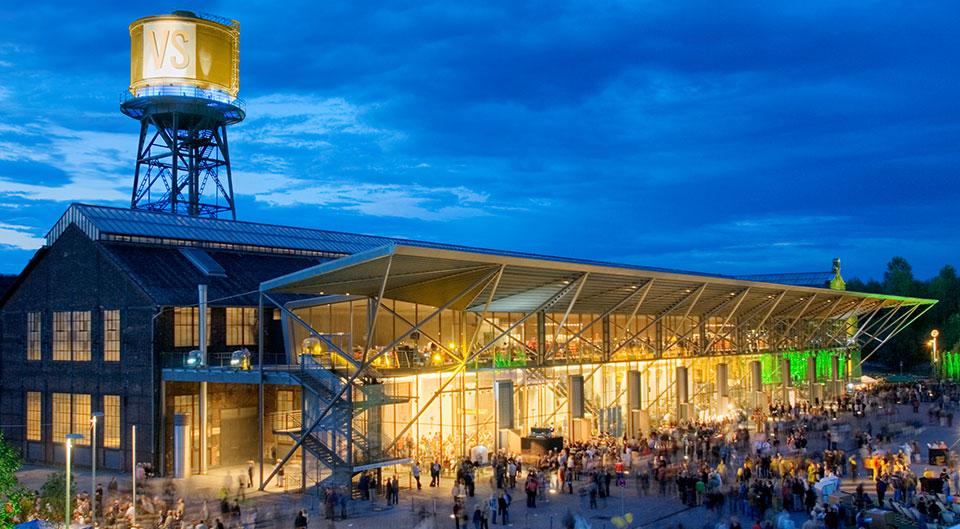 Die Bochumer Jahrhunderthalle ist eine der spannendsten Eventlocations des Ruhrgebiets - hier findet das Vergabe-Symposium statt.
