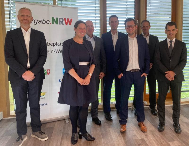 Teilnehmer und Moderator des E-Vergabe-Tag NRW 2021