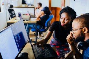 E-Rechnungen werden auch in kleinen und mittleren Unternehmen immer beliebter